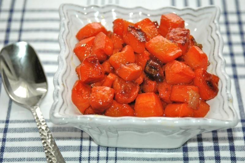 Dušená mrkev karamelizovaná