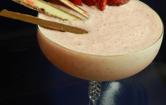 Kefírový koktejl s jahodami