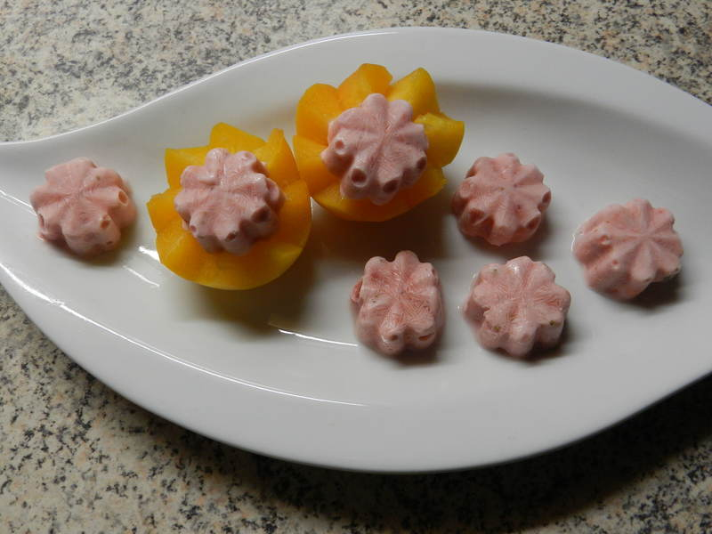 Domácí jahodovo-smetanová zmrzlinka