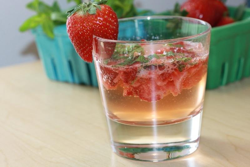Jahodový letní drink