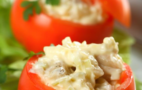 Rajčata plněná sýrovým krémem
