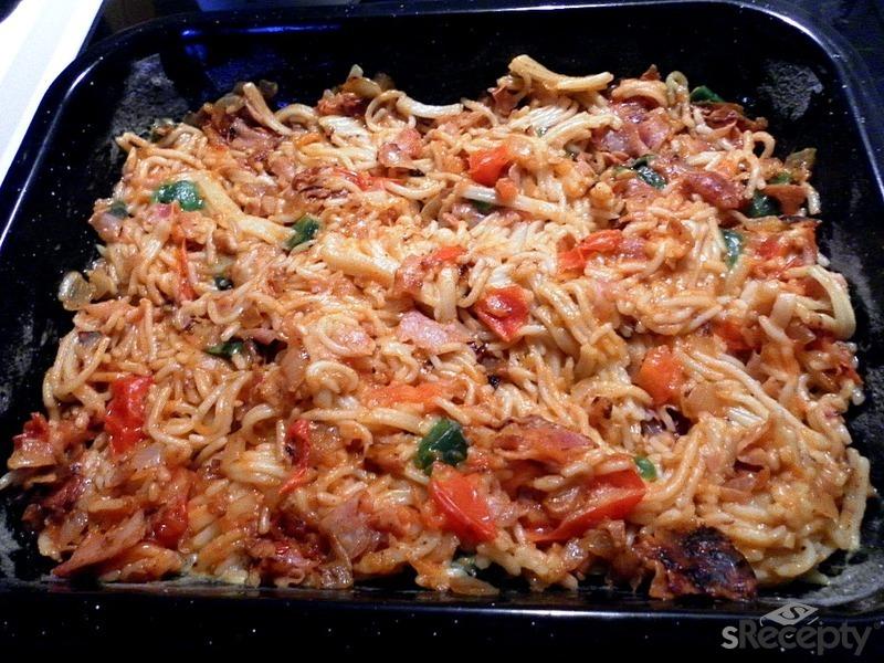 Zapečené špagety se zeleninovou oblohou