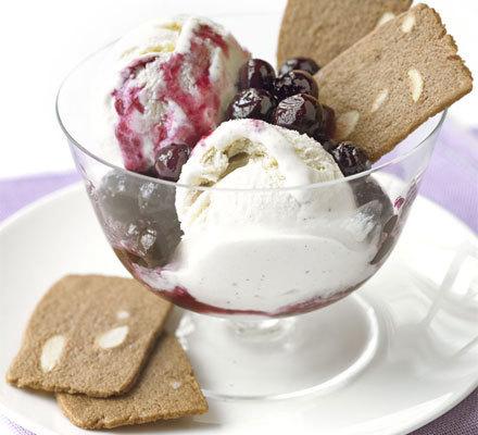Borůvky se zmrzlinou