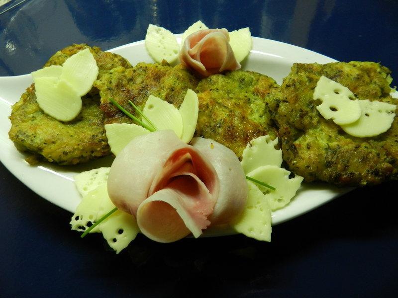 Vločkovo-brokolicové bramboráčky