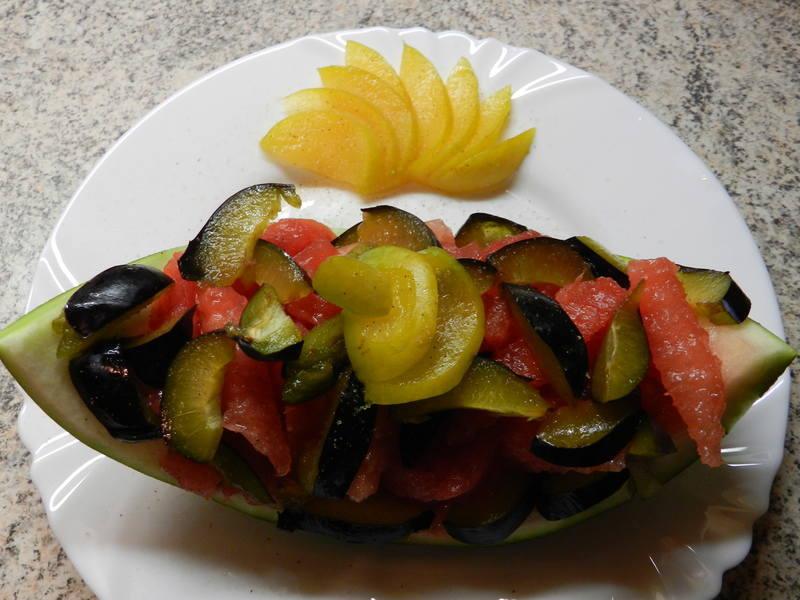 Ovocná melounová miska