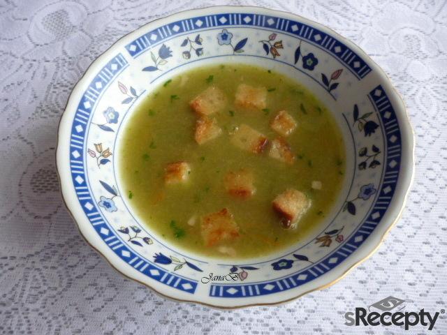 Polévka z ledového salátu