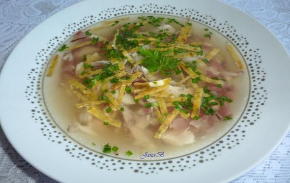 Česneková kuřecí polévka s anglickou