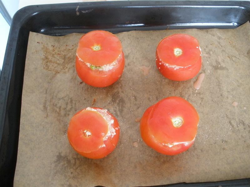 Rajčata plněná kuskusem