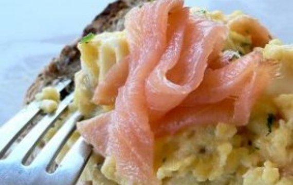 Vajíčková pomazánka s lososem