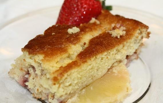 Ananasový a jahodový dezert