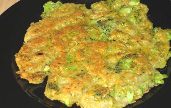 Bramboráky s brokolicí
