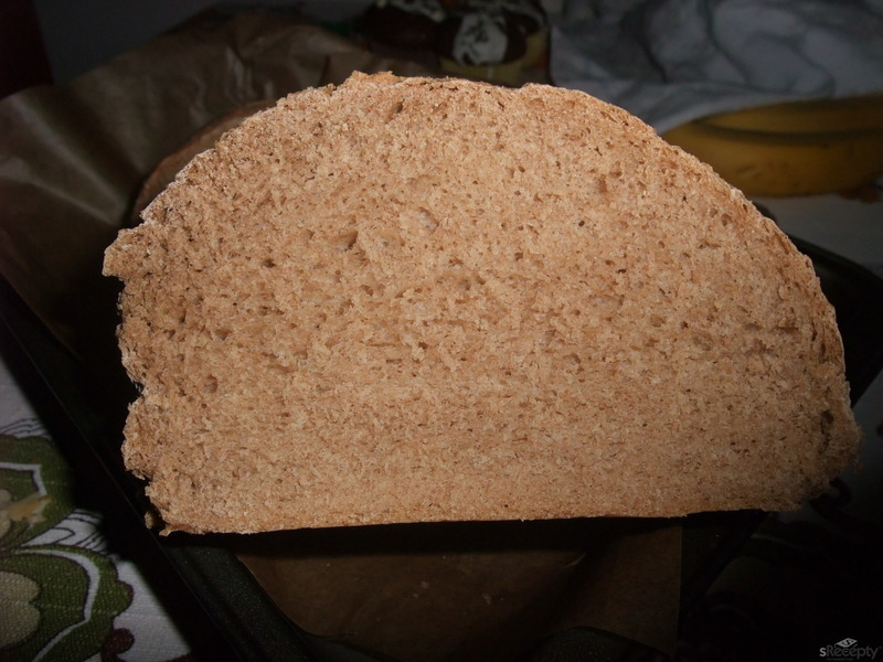 Kmínový chléb z domácí pekárny