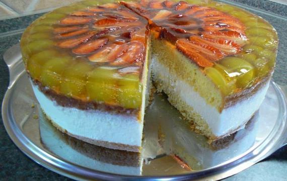 Lehký ovocný dortík