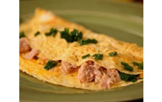 Omeleta s tuňákem