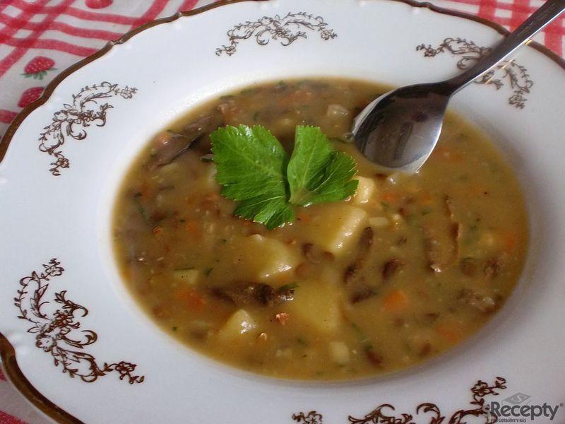 Moravská čočková polévka