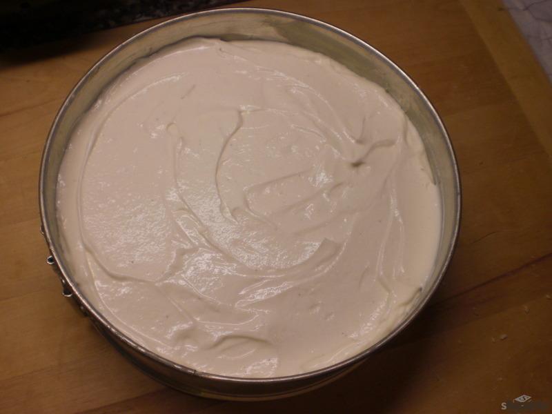 Nepečený Cheesecake s jahodovou polevou