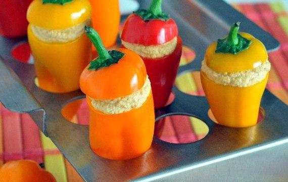 Papriky plněné salátem z vajec