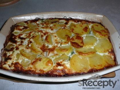 Zapékané brambory s kuřecím a krabím masem