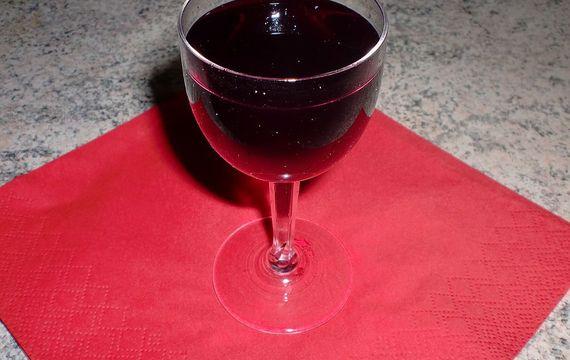 Bezinkový likér s vodkou