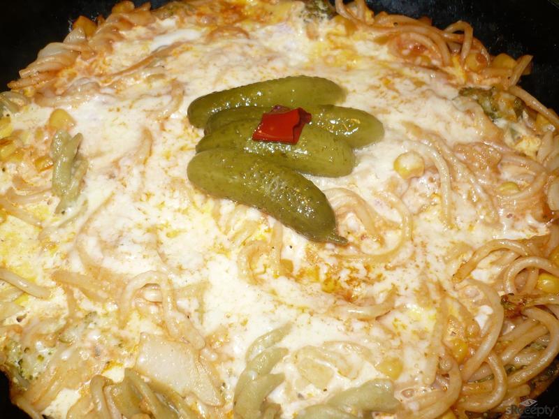 Těstovinová omeleta s kukuřicí