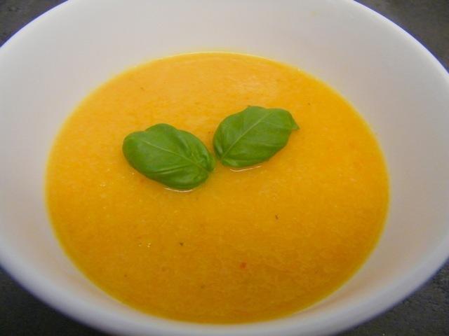 Meruňková polévka