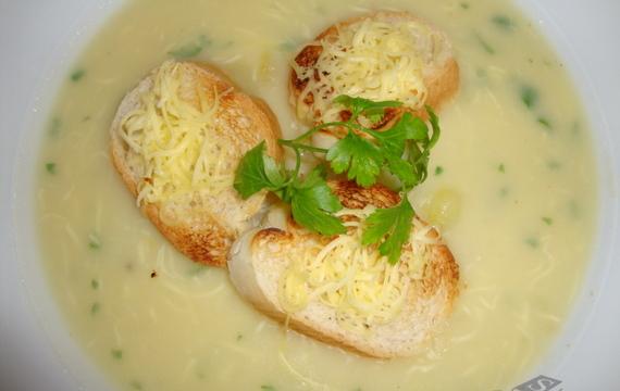 Sýrovo - bramborová polévka