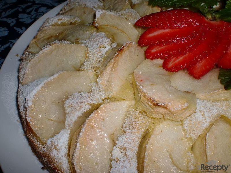 Dortík z jablek