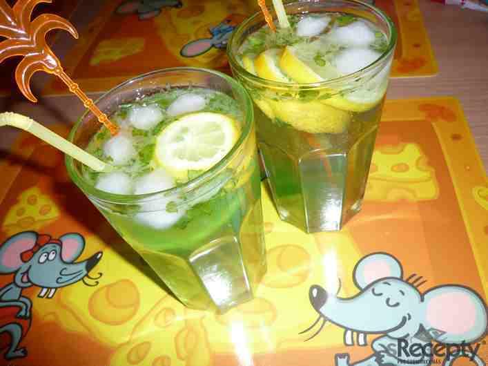 Drink  s pepermintovým likérem
