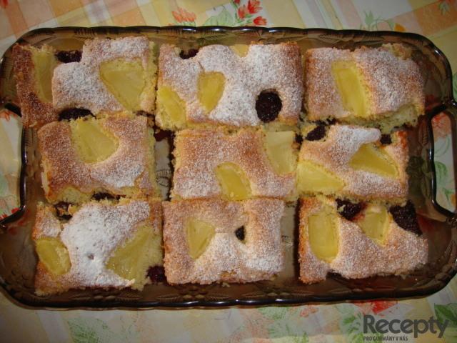 Jahodovo - ananasová bublanina