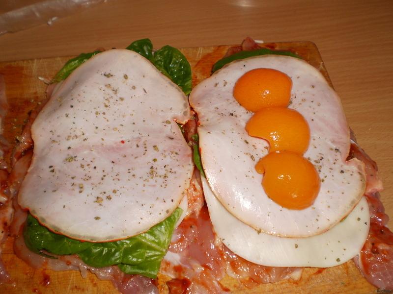 Meruňková kuřecí roláda se špenátem