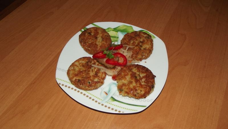 Pohankové karbanátky s uzeným sýrem