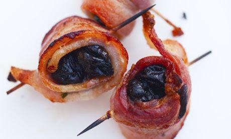 Sušené švestky ve slanině