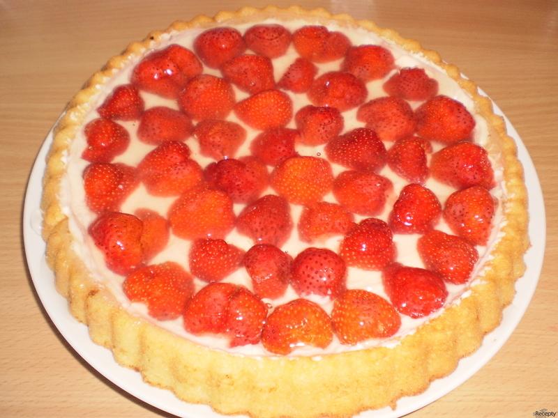 Letní jahodový koláč