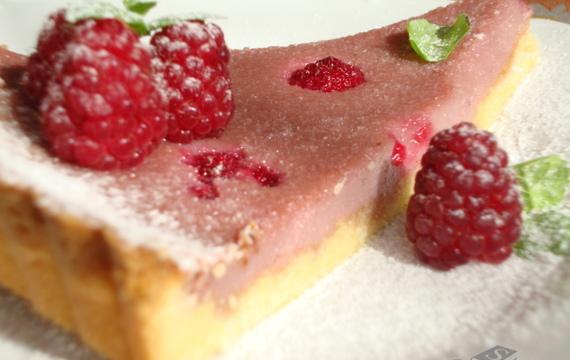 Malinový koláč z křehkého těsta