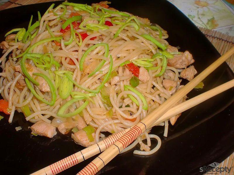 Špagety po čínsku