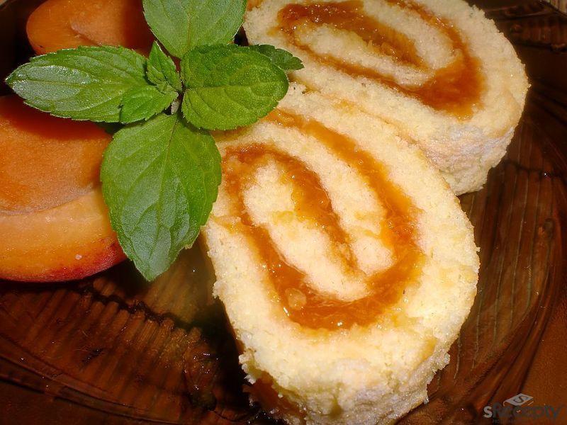 Piškotová roláda s džemem - rychle a jednoduše