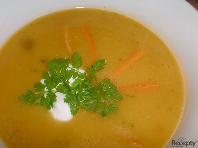 Mrkvová krémová polévka