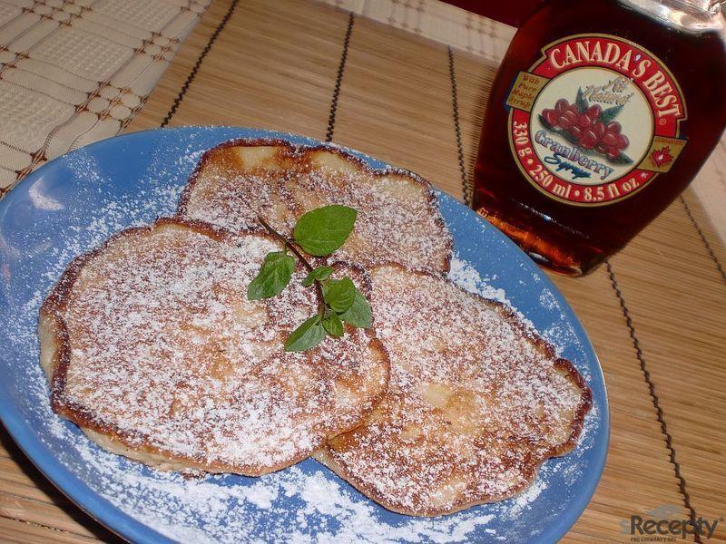 Jablečné lívance (pancakes) z americké kuchařky