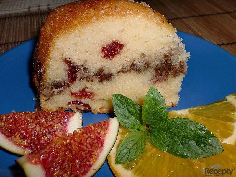 Brusinkovo - pomerančová bábovka s ořechy