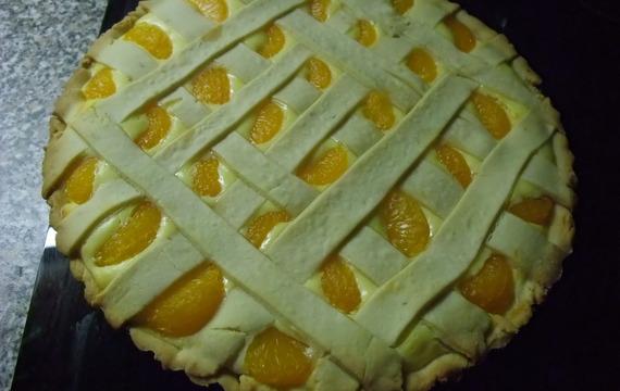 Křehký koláč s tvarohem a mandarinkami