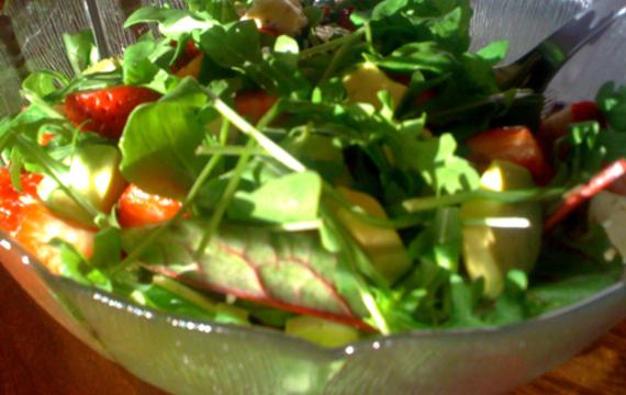 Salát ze špenátových listů