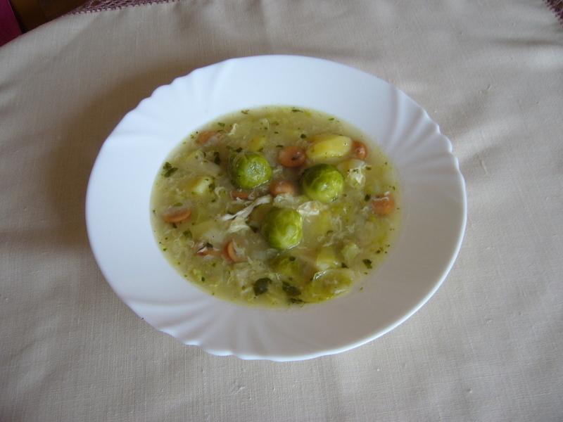 Polévka z kapustiček