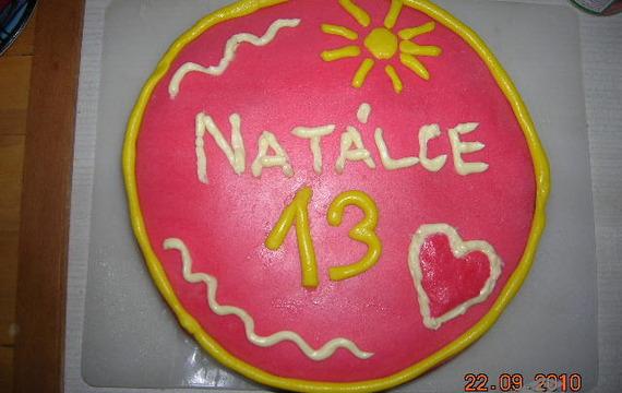 Potahová hmota na dorty (marcipánová)