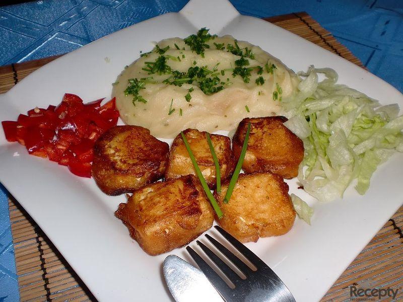 Tofu ve vinném kořeněném těstíčku