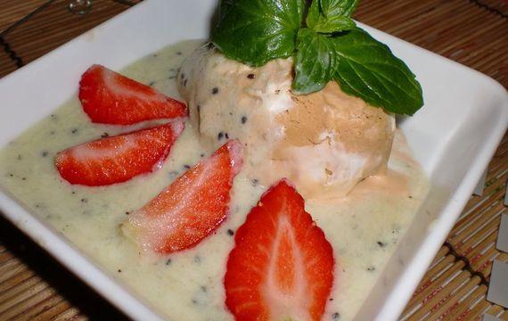 Zmrzlinová miska s kiwi omáčkou