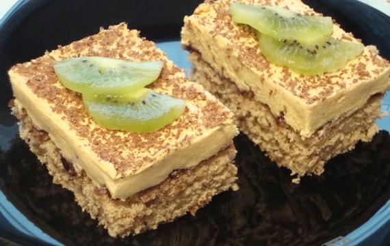 Ořechovo - karamelové řezy
