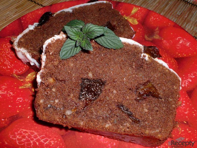 Čokoládový chlebíček se švestkami
