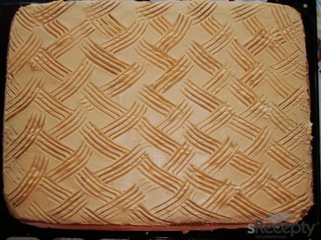 Parádní karamelové řezy