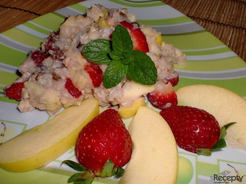 Pohanka na sladko s ovocem