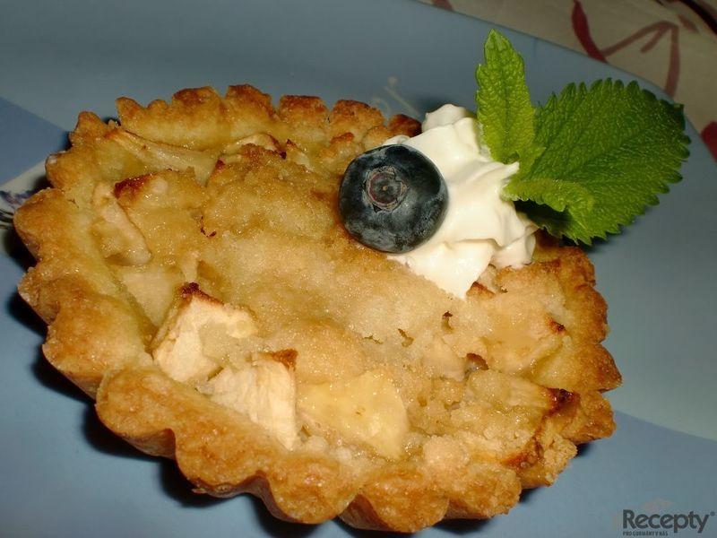 Jablečné koláčky s karamelovým přelivem
